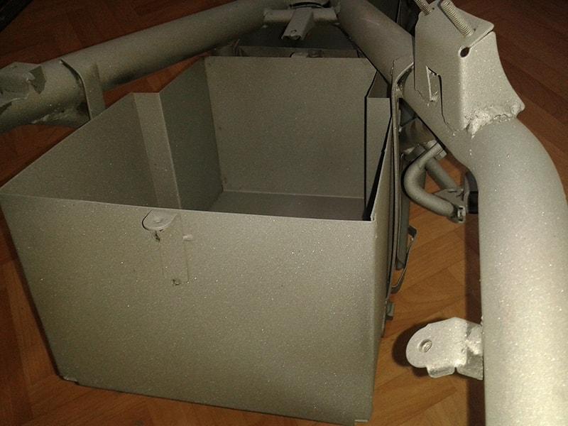 кутия за акумулаторите