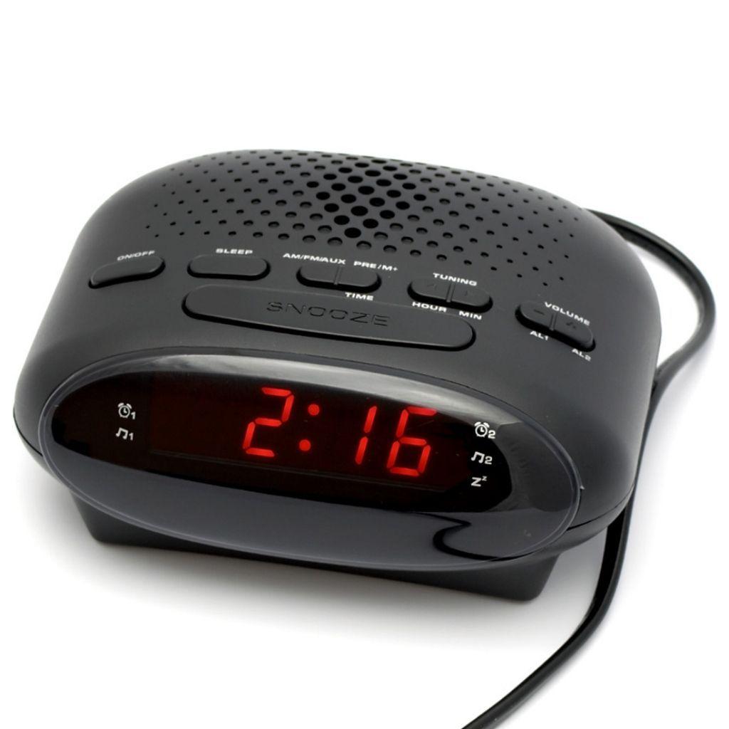 радио с часовник и аларма