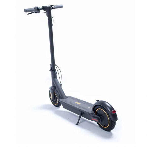 новия модел електрически скутер Ninebot by Segway max