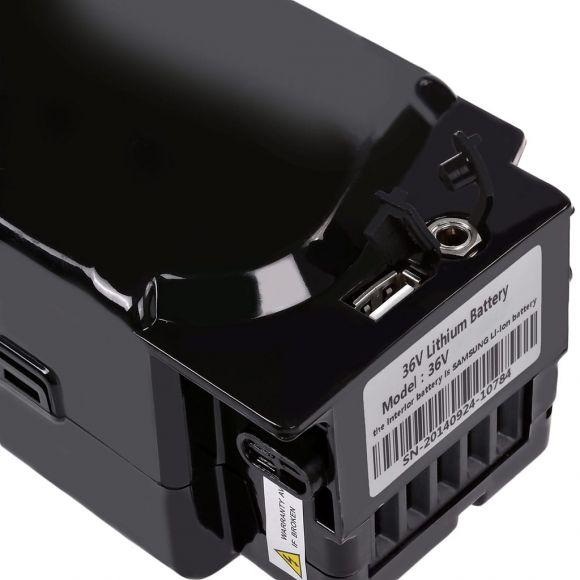 порт за зареждане на батерията