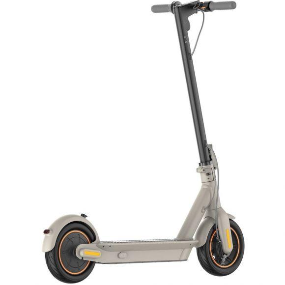 новия модел електрически скутер Ninebot by Segway g30le